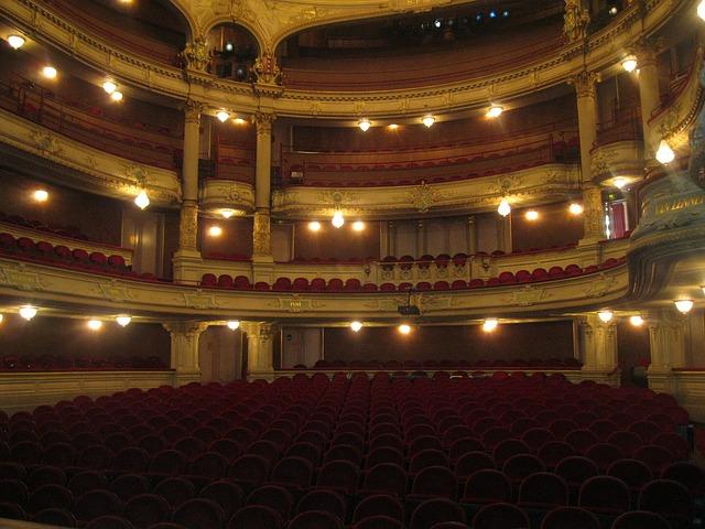 theater-105574_640
